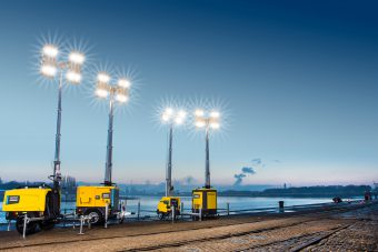 HiLight LED light tower in harbour